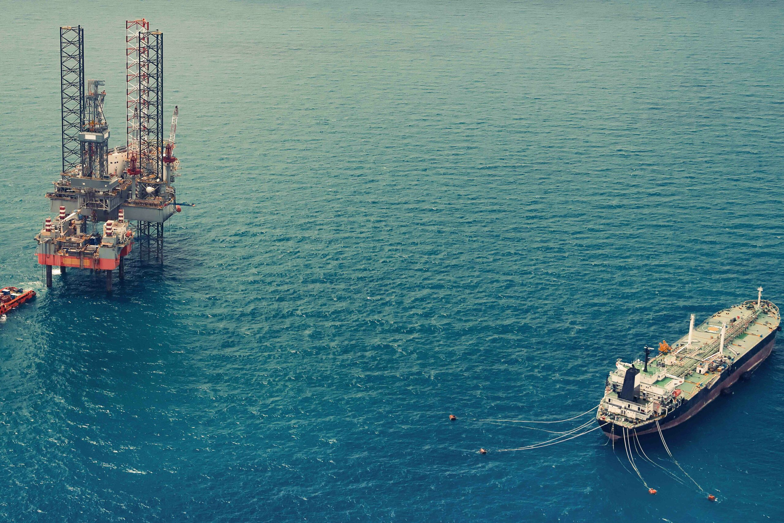 CCPC shipping Iran, Venezuela Oil To Chinese Refineries Alfa Logistic Family